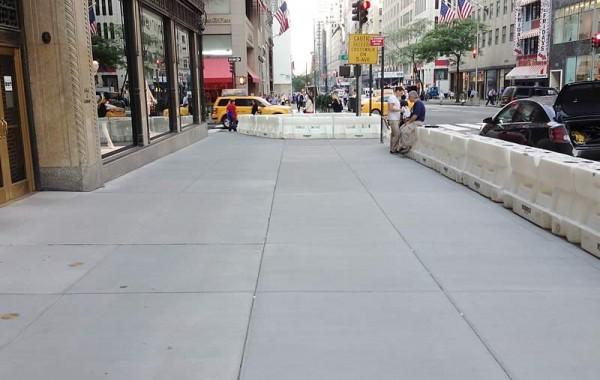 Saks Fifth Avenue, NYC
